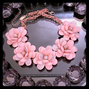 💥💥Necklace flowers 🌸